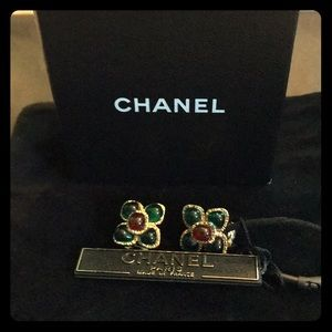 💯Authentic Chanel Resin Clip-On Earrings